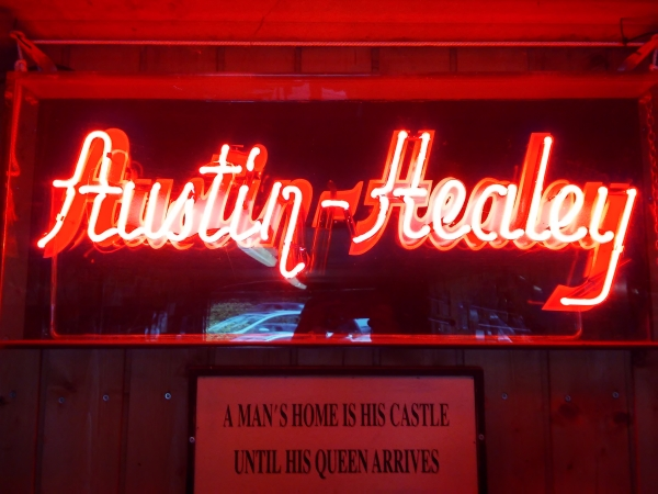 Austin Healey neon